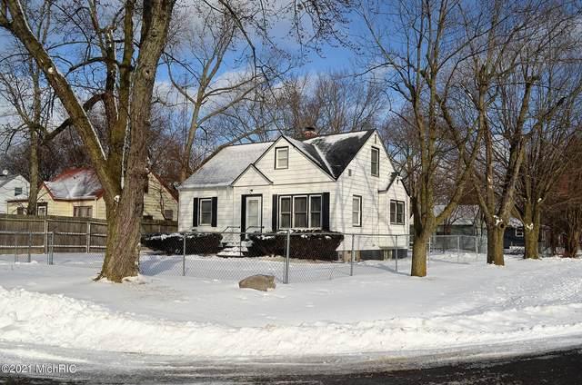 1495 Agard Avenue, Benton Harbor, MI 49022 (MLS #21003732) :: Deb Stevenson Group - Greenridge Realty