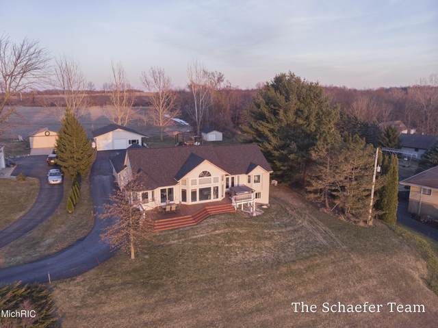 11860 5 Mile Road NE, Lowell, MI 49331 (MLS #21007933) :: Keller Williams Realty | Kalamazoo Market Center