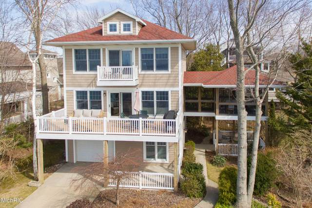 645 Lakeshore Drive, South Haven, MI 49090 (MLS #21009127) :: Your Kzoo Agents