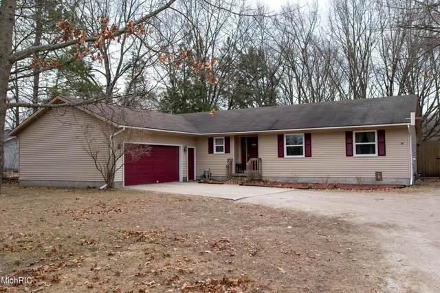 1611 Merkey Road W, Manistee, MI 49660 (MLS #21009187) :: Deb Stevenson Group - Greenridge Realty