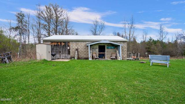 2696 N Old M-63, Luther, MI 49656 (MLS #21012799) :: JH Realty Partners
