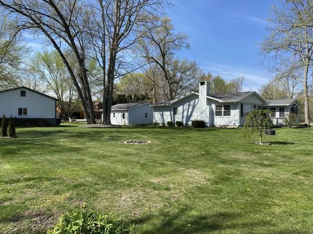 862 West Shore Road, Bronson, MI 49028 (MLS #21014348) :: BlueWest Properties