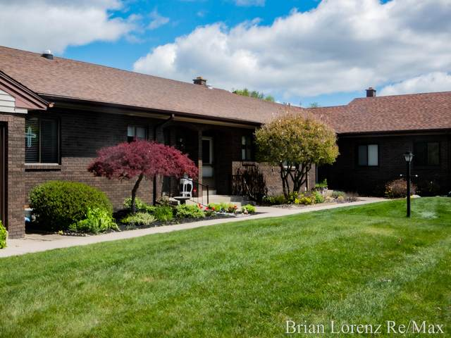 7016 Gardenview Court SW #8, Byron Center, MI 49315 (MLS #21014773) :: Your Kzoo Agents
