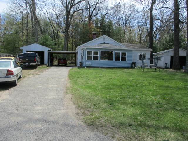 1538 E. Hess Lake Drive, Grant, MI 49327 (MLS #21014782) :: Keller Williams Realty | Kalamazoo Market Center