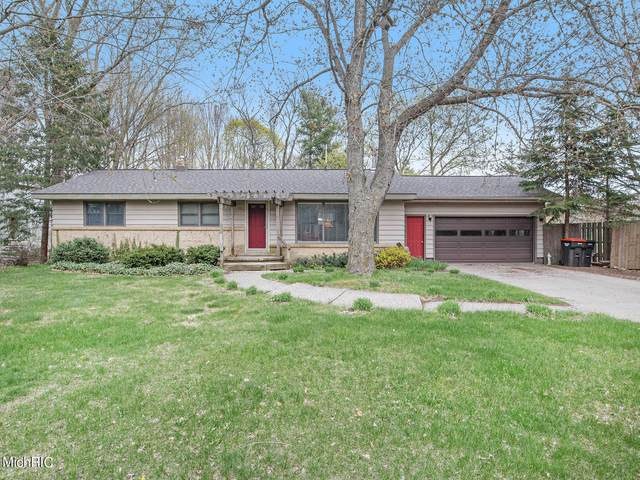 703 Coolidge Avenue, Holland, MI 49423 (MLS #21015146) :: Your Kzoo Agents