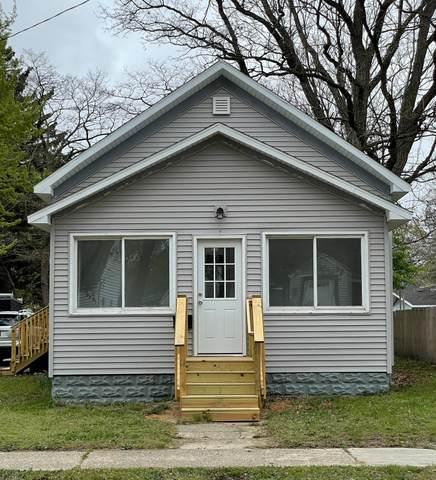 1627 Smith Street, Muskegon, MI 49442 (MLS #21015194) :: Deb Stevenson Group - Greenridge Realty