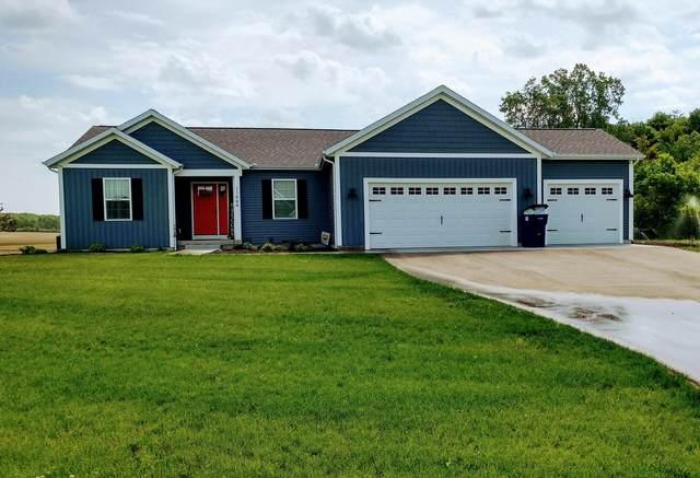 10084 Button Road, Belding, MI 48809 (MLS #21015835) :: BlueWest Properties