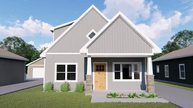 1829 Robinson Street, Grand Haven, MI 49417 (MLS #21017630) :: BlueWest Properties