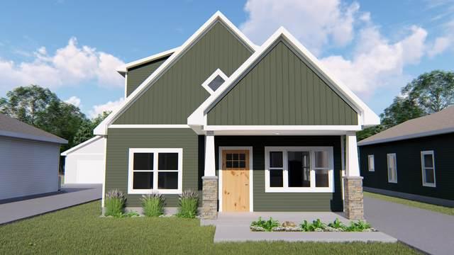1823 Robinson Street, Grand Haven, MI 49417 (MLS #21017634) :: BlueWest Properties