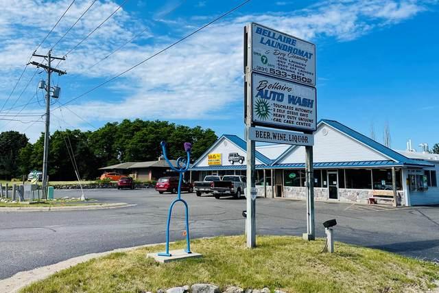 314 S Division Street, Bellaire, MI 49615 (MLS #21023219) :: BlueWest Properties