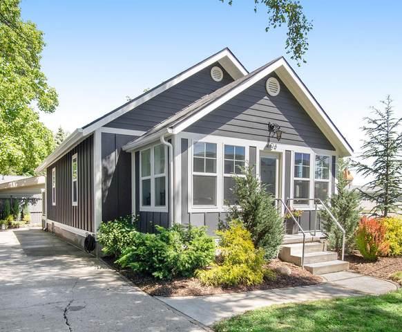 204 Dixie Street, Spring Lake, MI 49456 (MLS #21023936) :: CENTURY 21 C. Howard