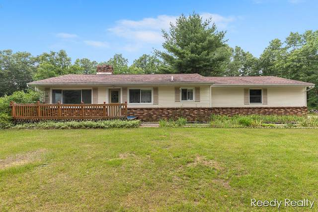 233 Boynton Avenue SE, Lowell, MI 49331 (MLS #21025414) :: BlueWest Properties