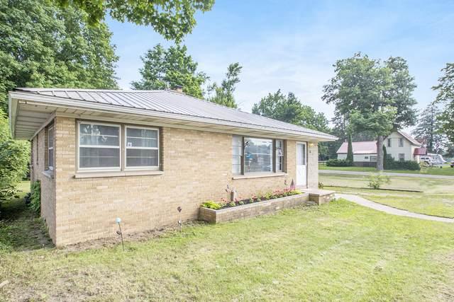 217 E Eagle Street, Burr Oak, MI 49030 (MLS #21025688) :: BlueWest Properties