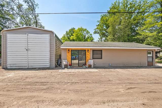 239 Morse Drive, Six Lakes, MI 48886 (MLS #21025922) :: Deb Stevenson Group - Greenridge Realty