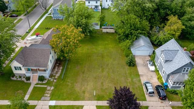 509 Monroe Avenue, Grand Haven, MI 49417 (MLS #21027358) :: Deb Stevenson Group - Greenridge Realty