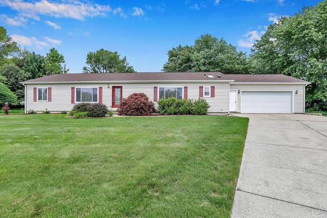 5112 Montauk Drive NW, Comstock Park, MI 49321 (MLS #21033808) :: BlueWest Properties