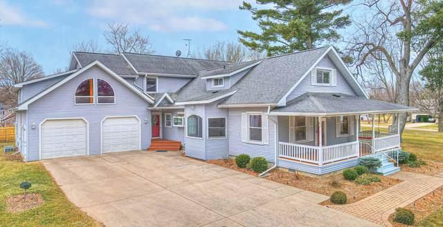 117 1st Street, Concord, MI 49237 (MLS #21079007) :: JH Realty Partners