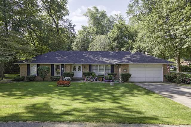21837 Pokagon Lane, Cassopolis, MI 49031 (MLS #21094895) :: BlueWest Properties