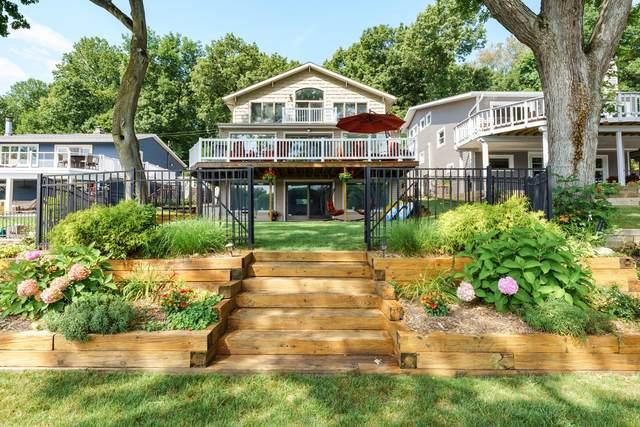 399 S Gull Lake Drive, Richland, MI 49083 (MLS #21101542) :: Sold by Stevo Team | @Home Realty