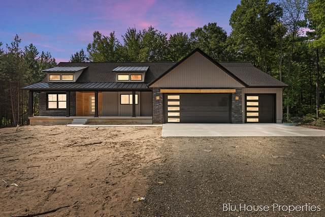 5460 Baldwin Street, Hudsonville, MI 49426 (MLS #21101907) :: Sold by Stevo Team | @Home Realty