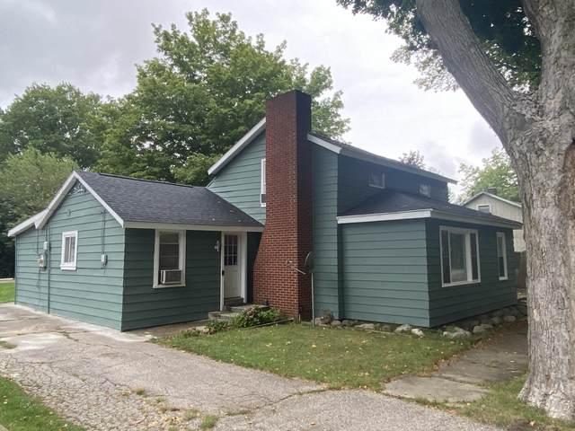 205 S Bluff Street, Berrien Springs, MI 49103 (MLS #21101947) :: Sold by Stevo Team | @Home Realty