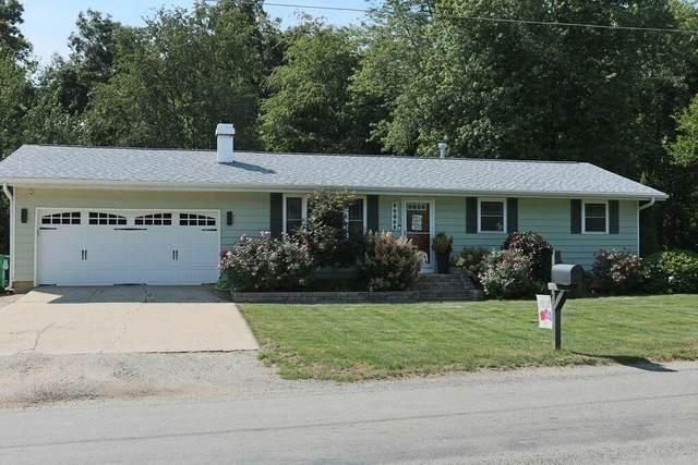 92536 Center Drive, Dowagiac, MI 49047 (MLS #21104190) :: The Hatfield Group