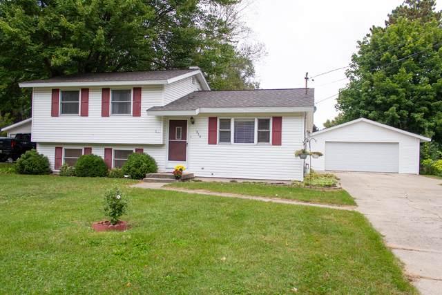 916 E Brierwood Street, Greenville, MI 48838 (MLS #21107497) :: JH Realty Partners