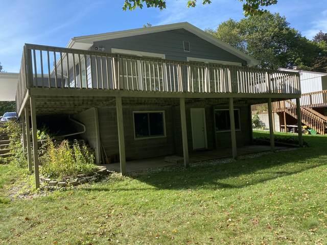 300 Riverside Drive, Hart, MI 49420 (MLS #21107927) :: Deb Stevenson Group - Greenridge Realty