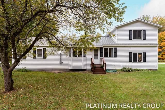 3721 Hyde Park Road, Muskegon, MI 49445 (MLS #21109765) :: Sold by Stevo Team | @Home Realty