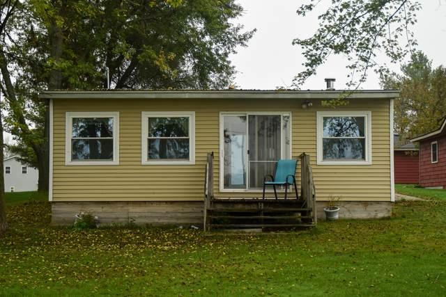 152 W Holland Lake Drive, Sheridan, MI 48884 (MLS #21110059) :: The Hatfield Group