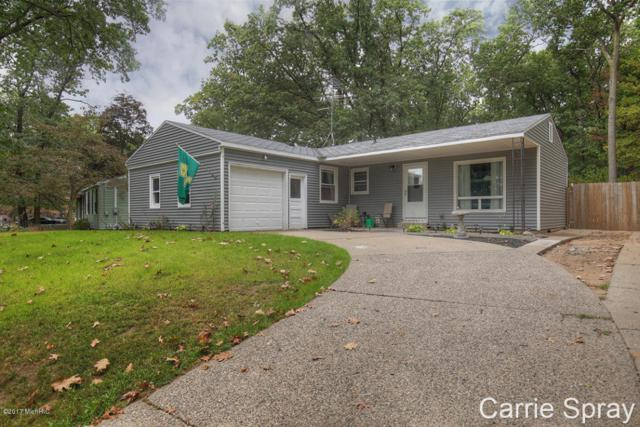 4635 Westshire Drive NW, Comstock Park, MI 49321 (MLS #17049544) :: Matt Mulder Home Selling Team