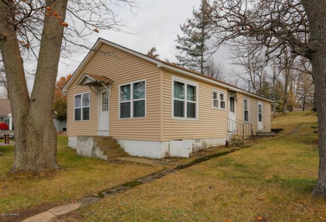 32167 Chamberlin Drive, Lawton, MI 49065 (MLS #17056793) :: Matt Mulder Home Selling Team