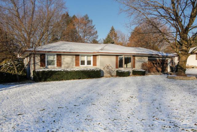 7677 Foxwood Street, Richland, MI 49083 (MLS #17058050) :: Matt Mulder Home Selling Team