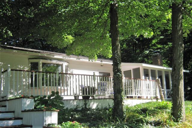 17709 Rapids Drive, Hersey, MI 49639 (MLS #18013808) :: Deb Stevenson Group - Greenridge Realty