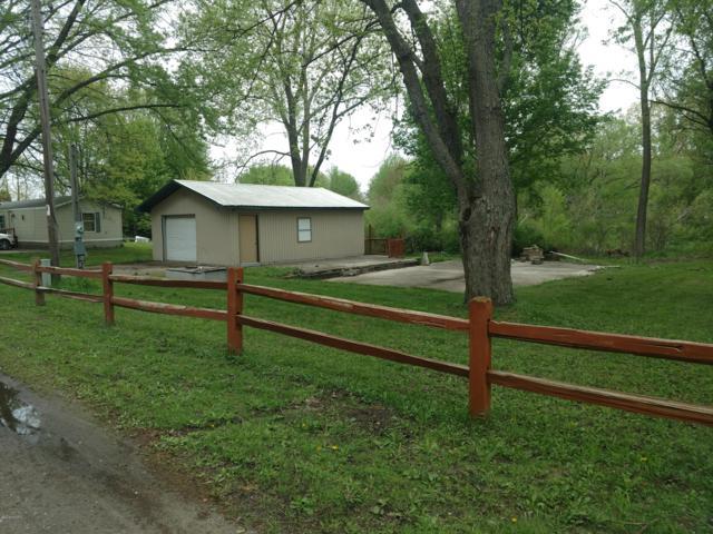 2925 W Arthur Road, New Era, MI 49446 (MLS #18022271) :: Carlson Realtors & Development