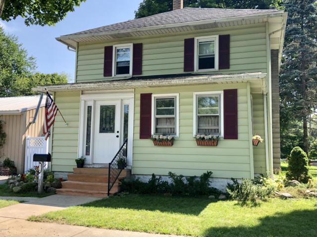 516 Spring Street, Three Rivers, MI 49093 (MLS #18038738) :: Carlson Realtors & Development