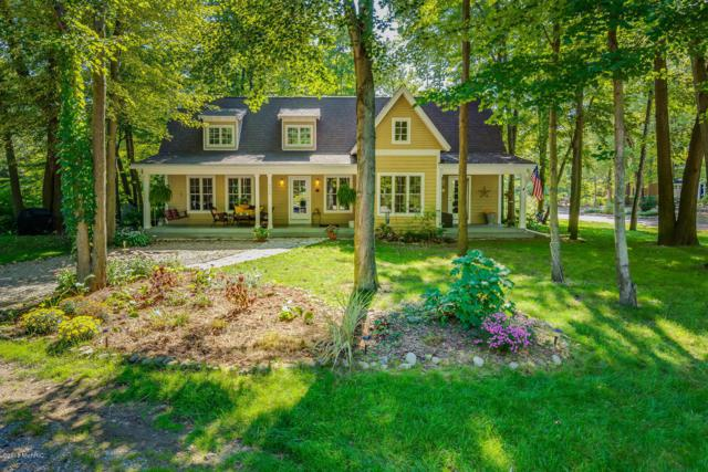 9948 Cottage Lane, Union Pier, MI 49129 (MLS #18046391) :: JH Realty Partners