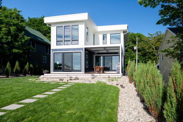 6971 Helena Drive, West Olive, MI 49460 (MLS #19027426) :: Deb Stevenson Group - Greenridge Realty