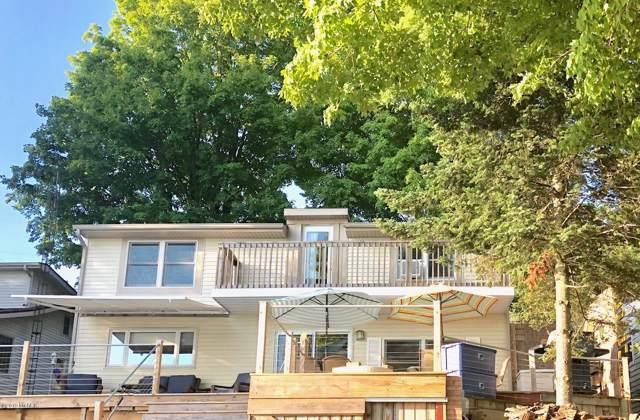 1968 Cooper Road, Quincy, MI 49082 (MLS #19039143) :: Matt Mulder Home Selling Team