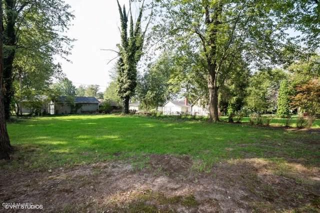 7192 Lake Road, Coloma, MI 49038 (MLS #19043523) :: JH Realty Partners