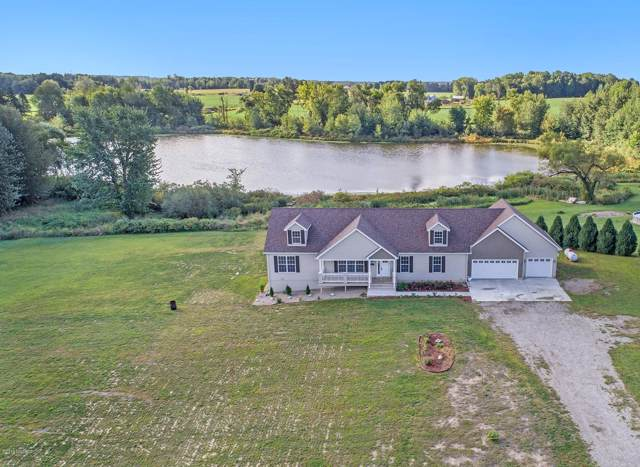 1740 W Kaiser Road, Galien, MI 49113 (MLS #19047040) :: Deb Stevenson Group - Greenridge Realty