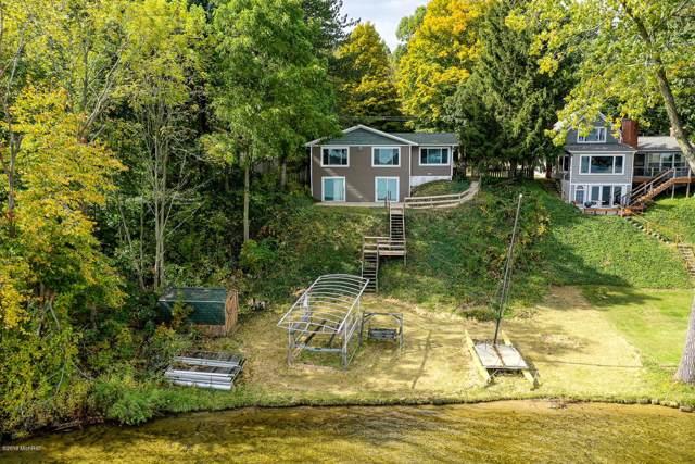 93284 Gravel Lake Drive, Lawton, MI 49065 (MLS #19051221) :: Deb Stevenson Group - Greenridge Realty