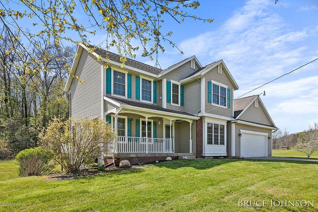 47 Lincoln Lake Avenue NE, Lowell, MI 49331 (MLS #20015651) :: JH Realty Partners