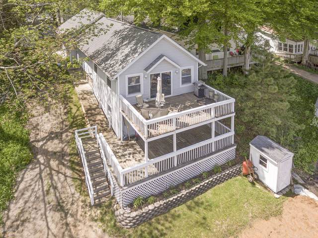 11309 Sunset Point Drive, Plainwell, MI 49080 (MLS #20018743) :: Keller Williams Realty | Kalamazoo Market Center