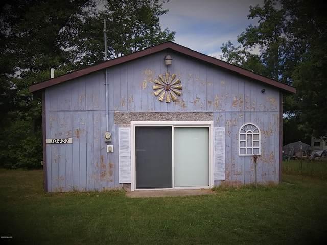 10437 N Parkway Street, Irons, MI 49644 (MLS #20021593) :: Deb Stevenson Group - Greenridge Realty