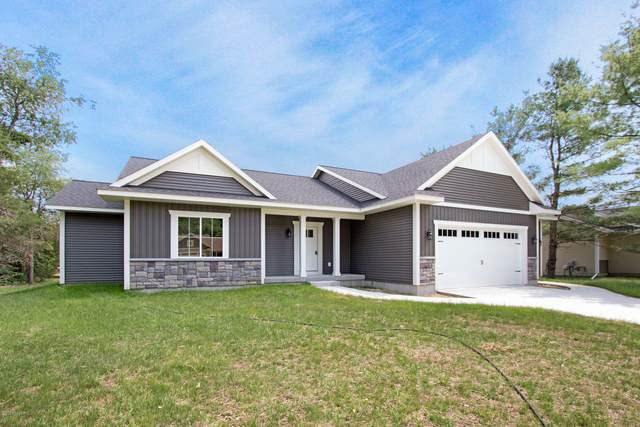 13252 Forest River Drive SE, Lowell, MI 49331 (MLS #20024317) :: JH Realty Partners