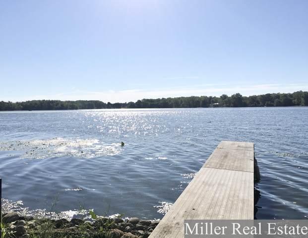 946 Williams Drive, Hastings, MI 49058 (MLS #20036739) :: Keller Williams RiverTown