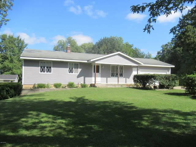 627 79th Street SE, Grand Rapids, MI 49508 (MLS #20037562) :: Ron Ekema Team