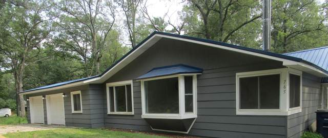 765 W Daniels Road, Twin Lake, MI 49457 (MLS #20040379) :: Deb Stevenson Group - Greenridge Realty