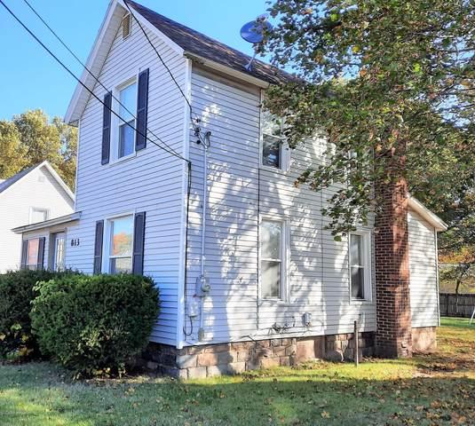 813 S Hanover Street, Hastings, MI 49058 (MLS #20043711) :: Keller Williams RiverTown